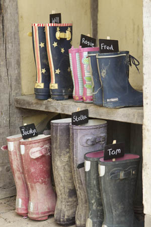 wellie pegs