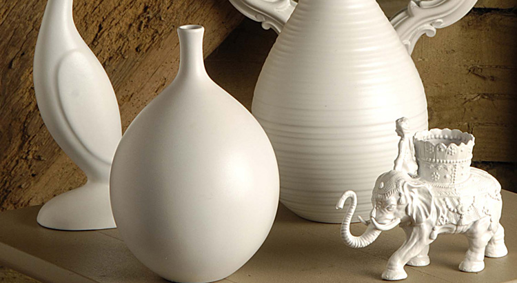 2 - White vases after spraying final