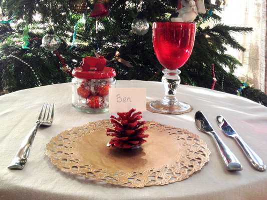 red cone place setting