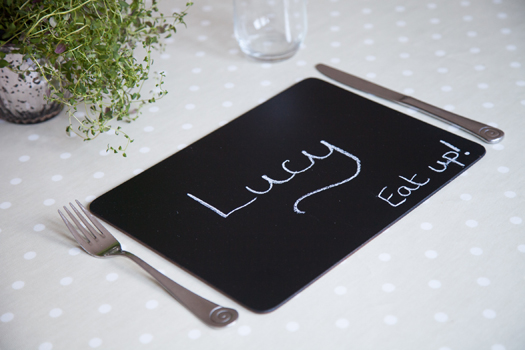 how to chalkboard placemat