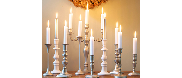 candlesticks in post