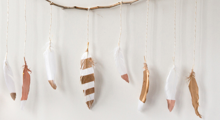 main-pic-feather-wall-hanging-after